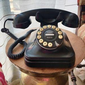 Pottery Barn Crosley Kettle Classic phone